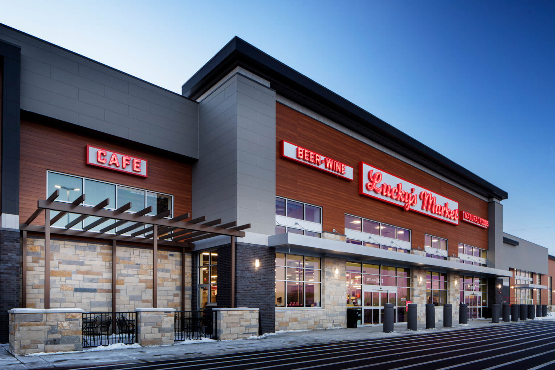Knoebel Construction contracted to build three Lucky's Markets
