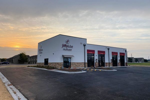 Jiffy Lube - IL, Sycamore -491 S Peace Rd-Completion Photos - Exterior (2)